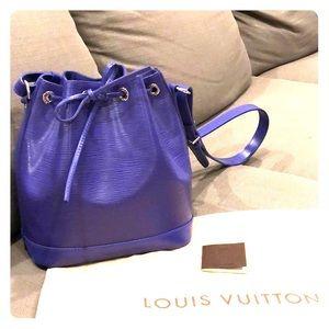 Louis Vuitton Epi leather Noe purple bag